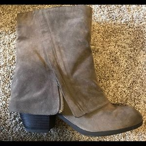 GUC-Fergalicious Taupe Booties